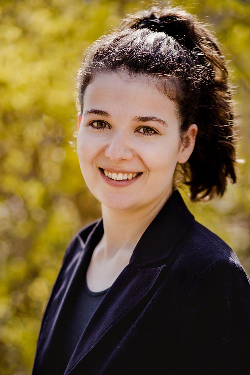 Portrait Lisa Treitler | Hausverwaltung Handschur